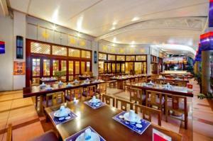 Huayuan Hot Spring Seaview Resort, Resorts  Sanya - big - 9