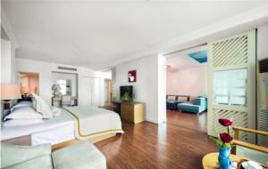 Huayuan Hot Spring Seaview Resort, Resorts  Sanya - big - 22