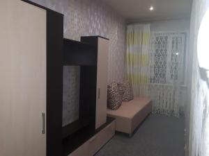 Room on Krasnykh Zor' 8, Проживание в семье  Ростов-на-Дону - big - 11
