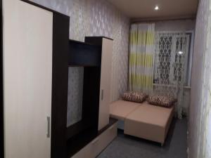Room on Krasnykh Zor' 8, Проживание в семье  Ростов-на-Дону - big - 12