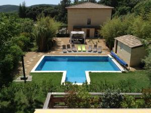 Villa La Charmeuse Fleurie - Hotel - Collias