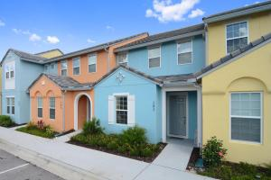 Three Bedrooms with Pool Festival 282 - Davenport