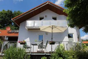 """Ferienhaus """"Kleine Auszeit"""" - Höttingen"""