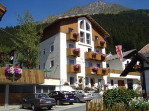 Pension Villa Claudia Augusta - Accommodation - Resia
