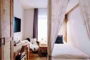 Eyja Guldsmeden Hotel (18 of 64)