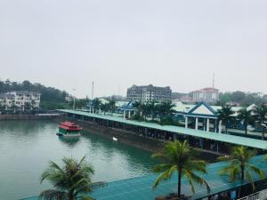 Tuần Châu, Hotels  Ha Long - big - 4