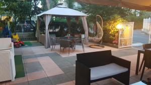 Hotel Fucsia, Hotels  Riccione - big - 58