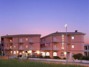 Hotel Majore, Hotely  Santa Teresa Gallura - big - 37
