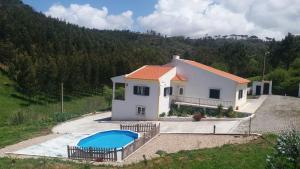 Villa Pereiro, com piscina - Santa Cruz