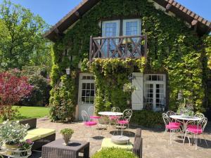 Location gîte, chambres d'hotes Domaine du Vertbois dans le département Eure 27