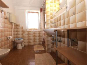 Apartment Tea 1651, Apartmanok  Pješčana Uvala - big - 31