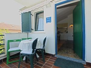 Apartment Tea 1651, Apartmanok  Pješčana Uvala - big - 37