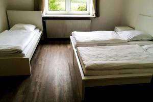 Pension zur Post, Apartments  Eutin - big - 24