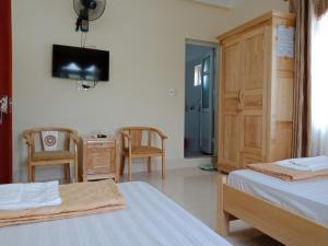 Hung Thinh Hotel - Quang Ninh