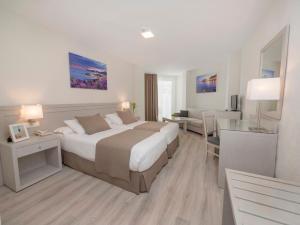 Hotel Helios - Almuñecar, Отели  Альмуньекар - big - 4
