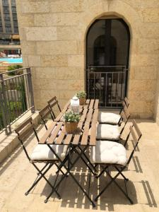 Mamilla's penthouse, Apartments  Jerusalem - big - 57