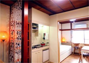 KIKI HOUSE 2