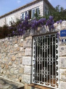 Apartments Jelen, Apartmanok  Dubrovnik - big - 53