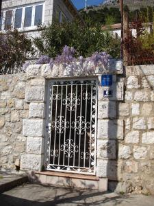 Apartments Jelen, Apartmanok  Dubrovnik - big - 56