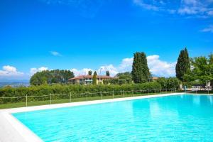 Sirmione Beach Apartment - AbcAlberghi.com