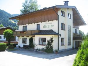 Gästehaus Bichler - Accommodation - Söll
