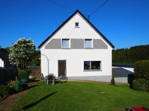Holiday Home Ferienhaus Zenner - Eckfeld