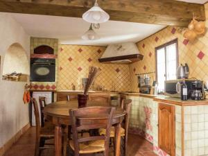 Riverside Home on Vineyard in Latour-de-France