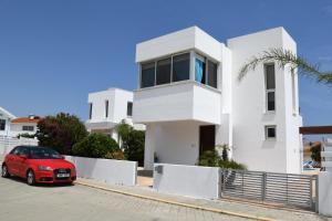 Villa Helen,Colonian beach villas, Vily  Meneou - big - 14