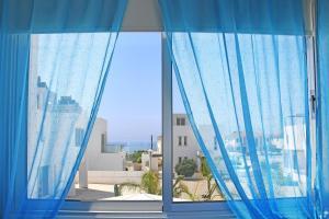 Villa Helen,Colonian beach villas, Vily  Meneou - big - 5