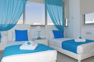 Villa Helen,Colonian beach villas, Vily  Meneou - big - 31