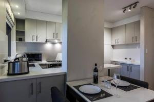 Spacious One Bedder in Sydney's Hotspot Location - Potts Point