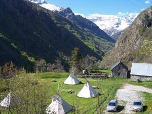 Location gîte, chambres d'hotes Tipis Gavarnie dans le département Hautes Pyrénées 65