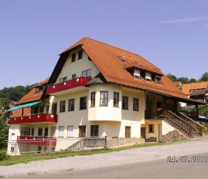 Landgasthof Zum Hirschen - Esselbach