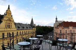 Cosmopole Hostel - Accommodation - Prague