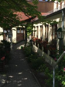 Hotel-Gasthof Deutschmeister, Отели  Донаувёрт - big - 14