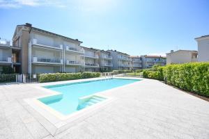 La Castellana Lake View Apartment - AbcAlberghi.com