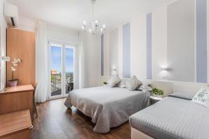 Hotel Geminus Room Only - AbcAlberghi.com