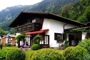 Haus Bitschnau - Apartment - Klösterle am Arlberg