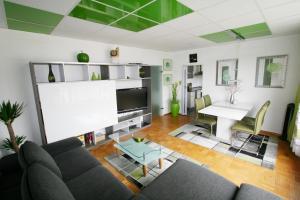 Designerwohnung in Grün mit großer Terrasse