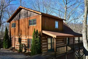 Boulder Ridge Luxury Cabin