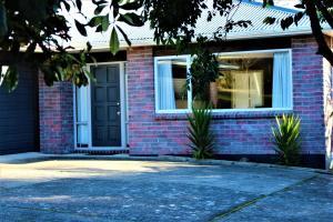 Zen Home, Prázdninové domy  Rotorua - big - 1