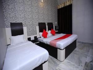 Auberges de jeunesse - OYO 12842 Hotel Sumit Lodge