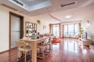 Dongnan Huating Apartment - Liuliqiao