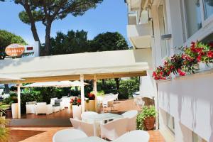 Hotel Manuela - AbcAlberghi.com