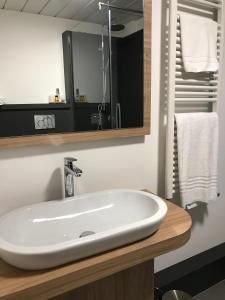 Hotel Gardenia, Hotely  Romano Canavese - big - 107