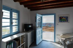 Villa Rallou,breathtaking view Andros Greece