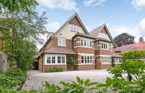 obrázek - Luxurious 5 Bed Family Home in North Oxford