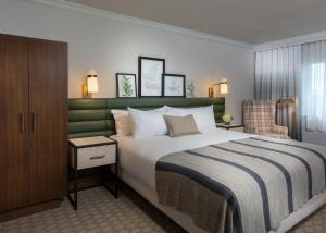 Accommodation in Waukesha