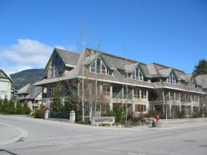 Twin Peaks Resort by Whistler Vacation Club - Apartment - Whistler Blackcomb