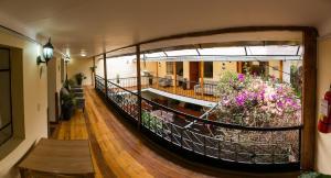 Hostal Los Laureles, Penziony  Calca - big - 34